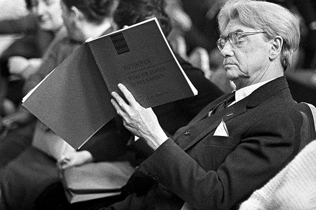 Народный артист РСФСР, пианист и музыкальный педагог Генрих Нейгауз.