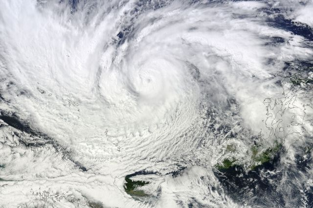 Жертвами тайфуна «Чаба» вКорее стали 10 человек