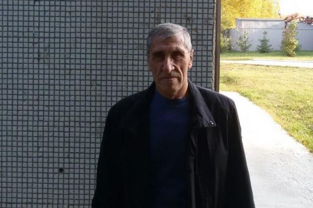 Петр Кузьмечев спас человека от гибели в огне