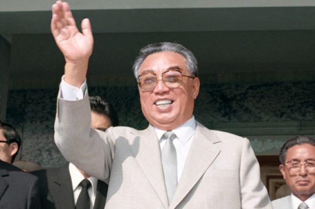 Великий Вождь товарищ Ким Ир Сен.