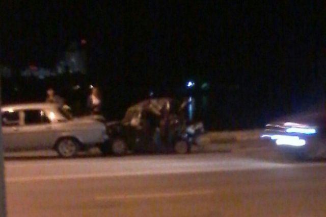ВВоронеже вмассовом ДТП наЧернавском мосту пострадали двое