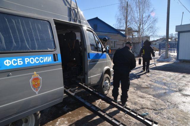 Всуде Новоуральска задержали мужчину сосредствами для шпионажа