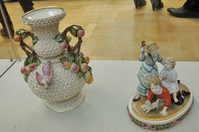 ВЕкатеринбурге возбудили дело после падения вазы напристава