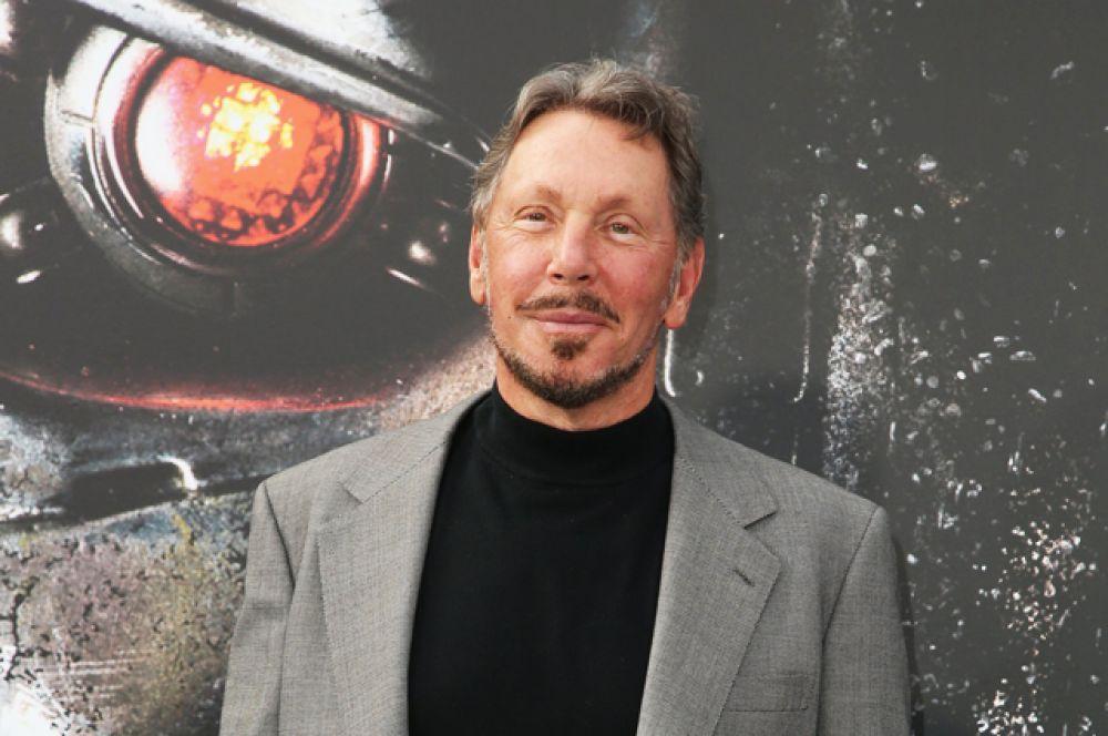 Впервые с 2007 года на пятое место списка богатейших американцев вернулся Ларри Эллисон из Oracle. Его капитал оценивается в 49,3 млрд долларов.