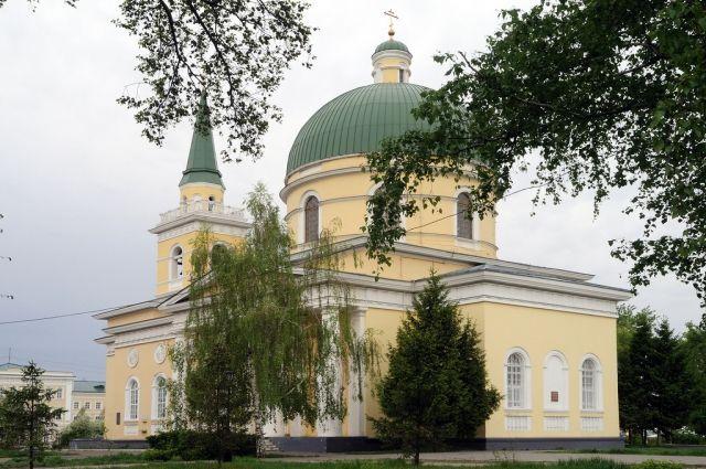 Погребение уцелело при возведении Никольского собора.