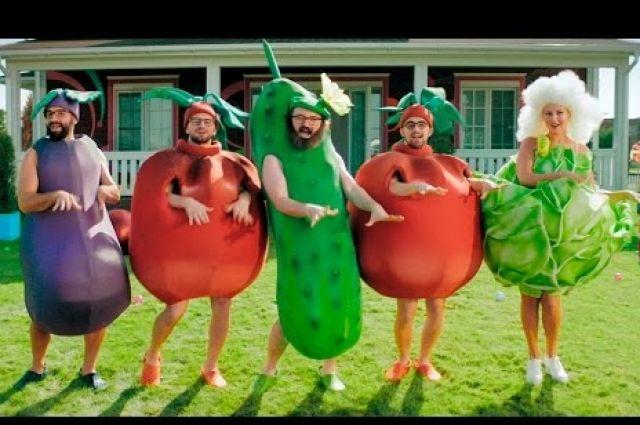 Вновом клипе Дзидзьо продемонстрировал любовь капусты иогурца