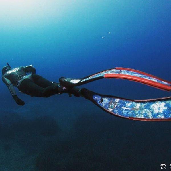 Вот фото с ее подводной охоты