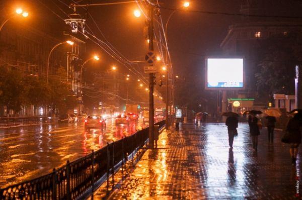 Проспект Будённовский после дождя.