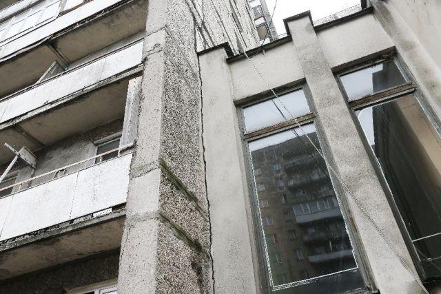 «Падающий» дом №70 на Московском проспекте решено снести к 2019 году.