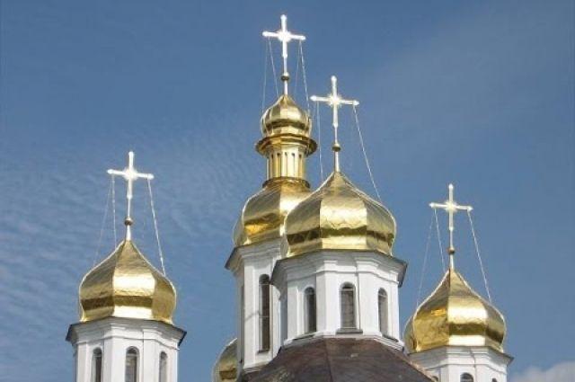 Рада приняла закон обосвобождении благотворительной деятельности религиозных компаний отналогов