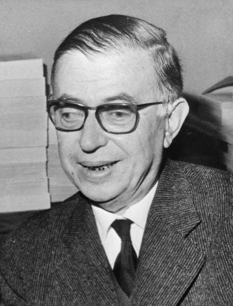 Жан-Поль Сартр, французский писатель и философ. Отказался из-за Нобелевской премии по литературе в 1964 году из-за того, что не захотел ставить под вопрос свою независимость.