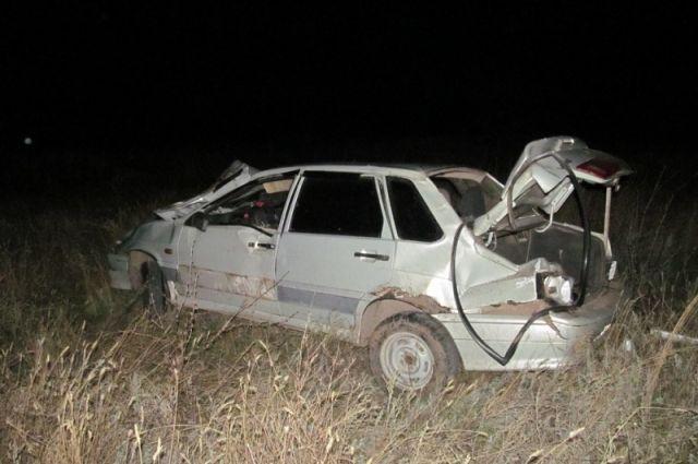 ВСоль-Илецком районе вДТП умер 18-летний шофёр