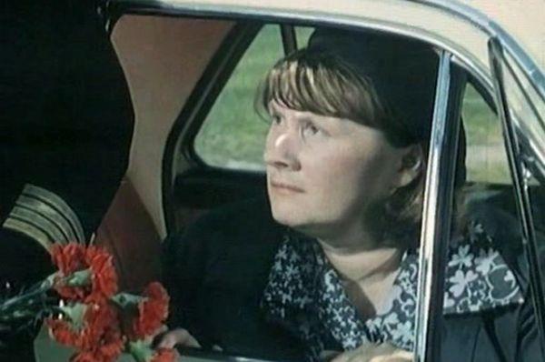 Водитель такси в фильме «Шаг навстречу» (1975).