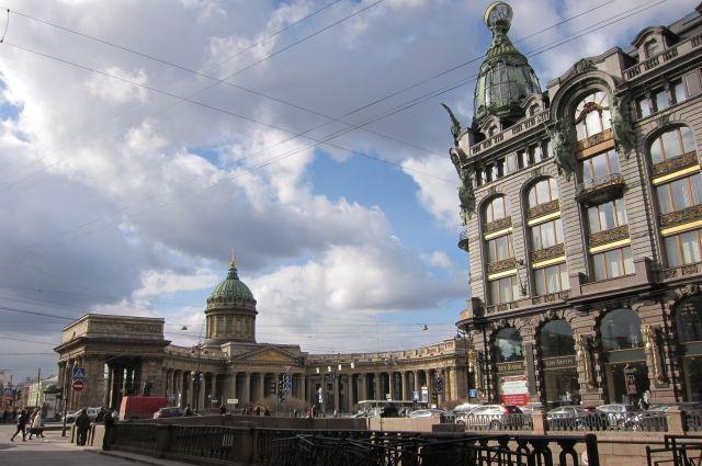 «Вторых Помпей в Петербурге не будет, и наш город простоит еще сто раз по 313 лет», - считает геолог Валерий Гаврилов.