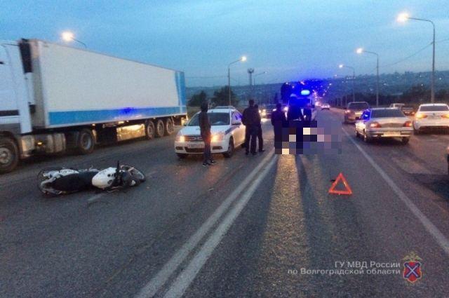 46-летний мотоциклист умер вДТП с Кия Rio насевере Волгограда