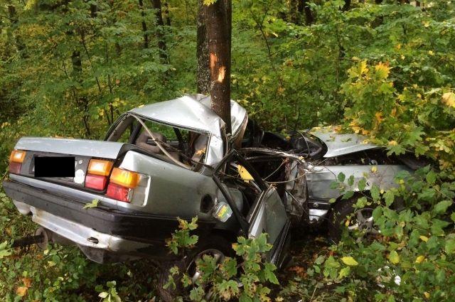 Полиция назвала виновника смертельной аварии на трассе под Зеленоградском.