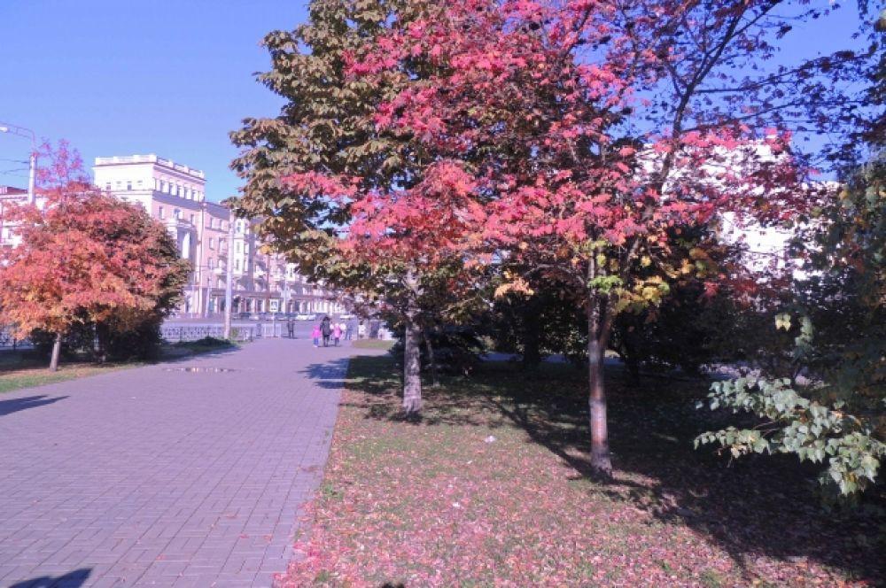 Прекрасная Казань окрасилась рубиновым блеском - в цвет своего футбольного клуба.