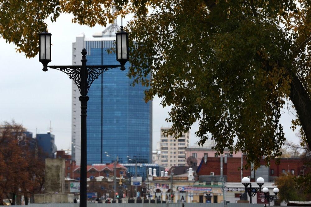 Дожди, ветра и листопад принесла осень в Челябинск.