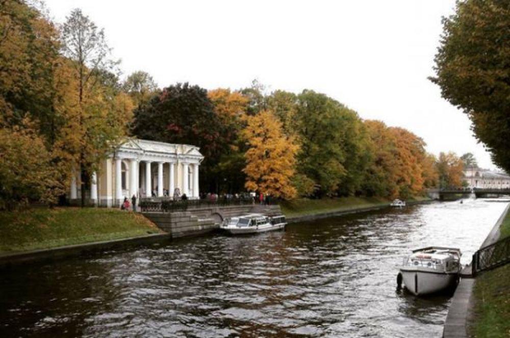 Минувшее лето стало самым дождливым за всю историю метеонаблюдений в Санкт-Петербурге.