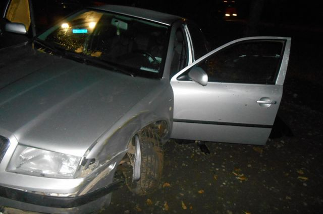ВКирове шофёр иномарки потерял сознание иврезался вдерево