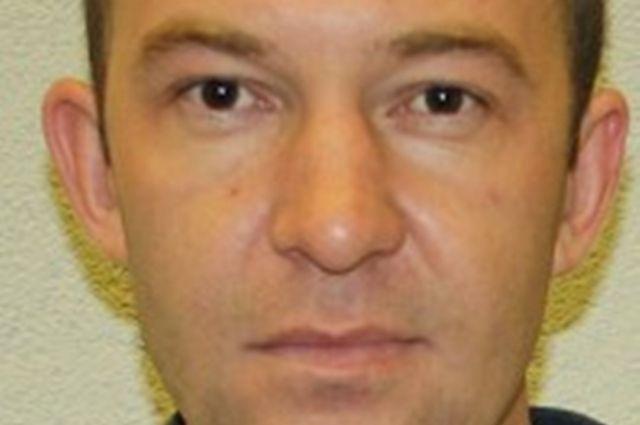 Полиция Калининграда объявила в розыск мужчину за нарушение ПДД.