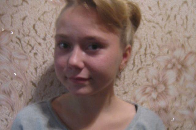 14-летняя Анастасия Кузнецова изПильны спасла троих детей изгорящего дома