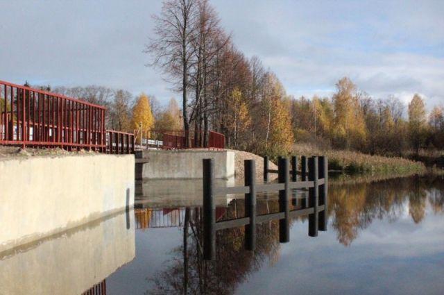 Плотина на реке Вахтан