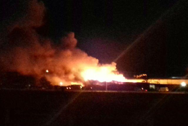 Пожар вЗаволжье. Производственное сооружение  напромзоне тушили 37 человек