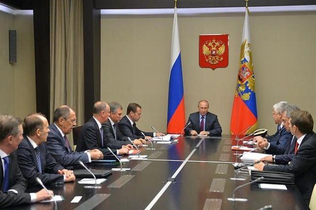 Путин провел заседание Совбеза РФ, посвященное Сирии и Украине