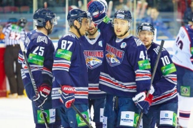 Магнитогорский «Металлург» победил «Барыс» вматче КХЛ