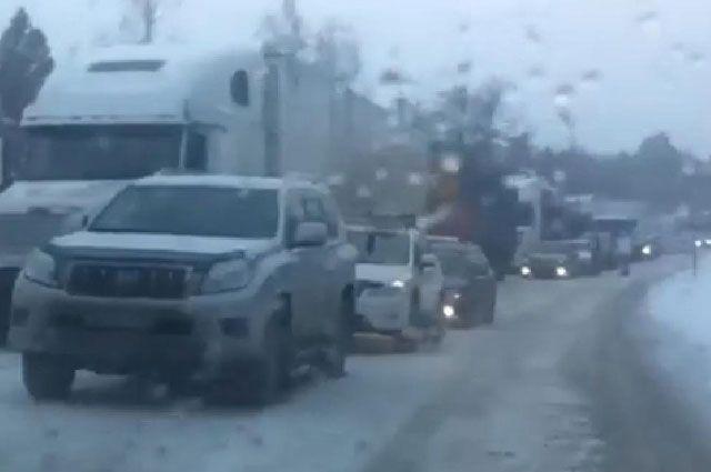 ВКрасноярском крае из-за трудной дорожной обстановки закрыли две федеральных дороги