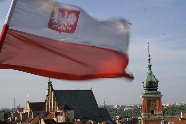 ВВаршаве при взрыве вжилом доме умер человек
