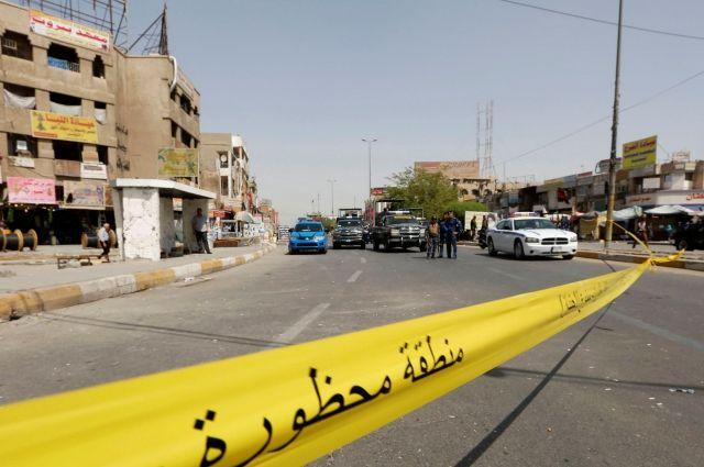 В итоге взрыва натраурной церемонии вБагдаде погибли неменее тридцати человек