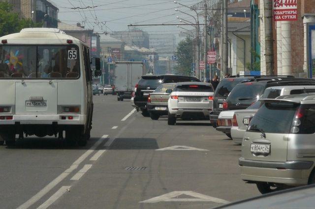 Превышение скорости нередко приводит к авариям на дорогах города.