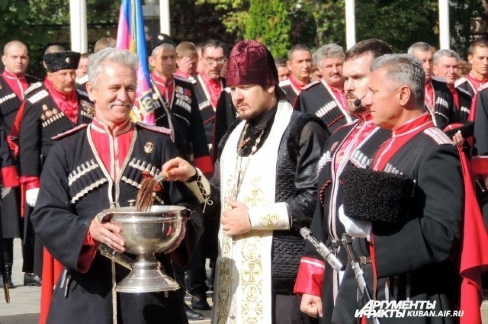 Торжественная часть праздника прошла в соответствии с православными канонами.
