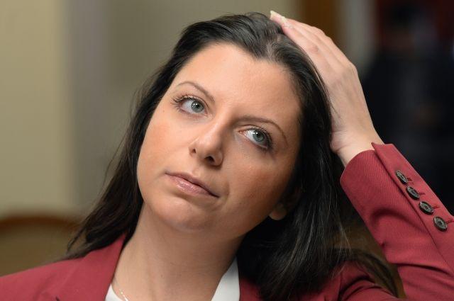 Захарова иронично прокомментировала закрытие счетовRT наБританских островах