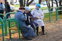 Жертвами аферистов становятся пенсионеры и пожилые люди.
