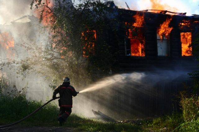 ВГагаринском районе дотла сгорел дом-дача