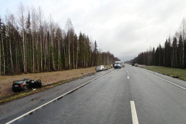 Архангельская область: вжутком ДТП натрассе М-8 пострадали 4 человека