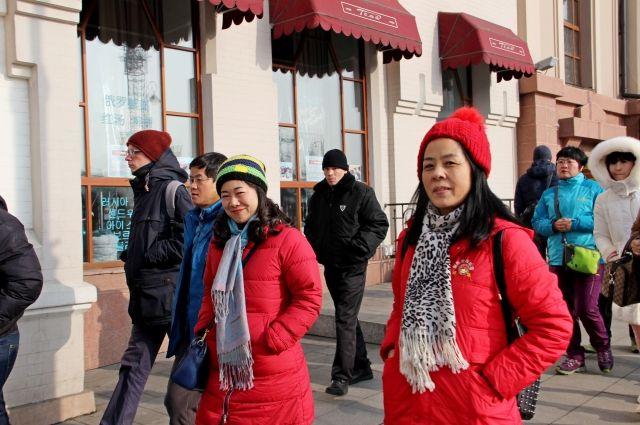 Туристов из Китая и ранние осенние холода в Приморье не пугают