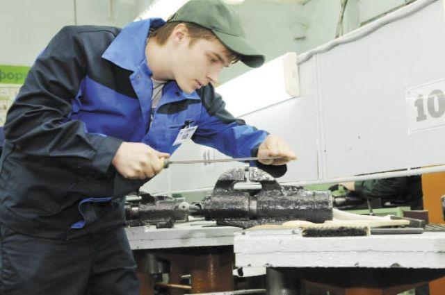 10000 рабочих мест создано вЛипецкой области всамом начале года