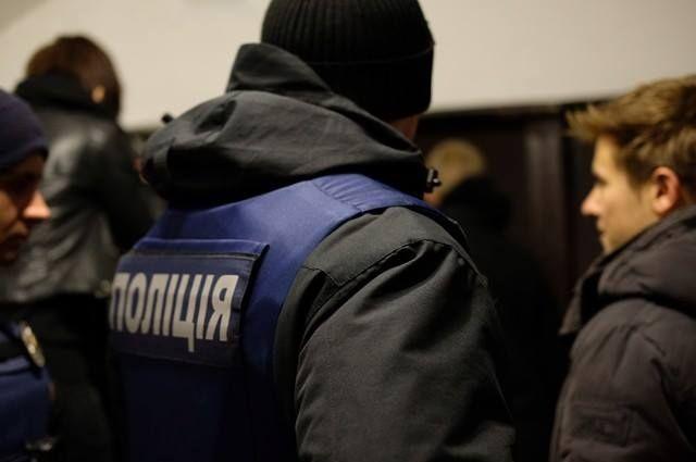ВЧерновцах «радикалы» сорвали показ фильма оЛГБТ