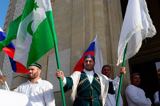 Доцент приехал. Во Франции раскрыли планы нападения России на Дагестан
