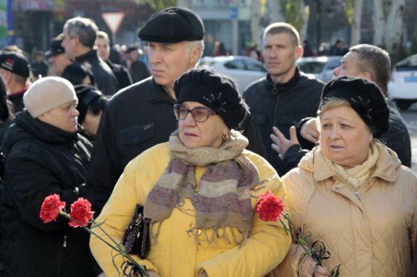 В ДНР объявили трехдневный траур по Павлову.