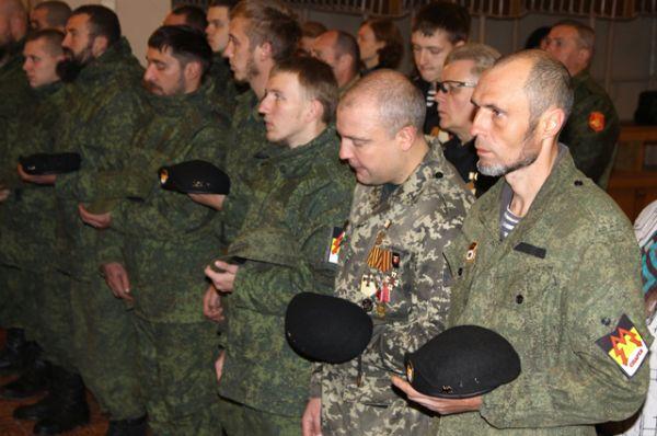 Командира ополчения похоронили с воинскими почестями на территории республики.