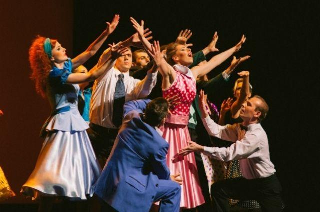 За первую неделю гастролей на сцене Российского дома науки и культуры югорчане отыграли уже пять спектаклей.