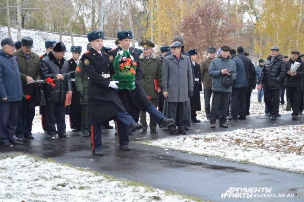 Кемеровское училище связи открыли за шесть месяцев до начала Великой отечественной войны. Спустя 68 лет работы оно было закрыто.