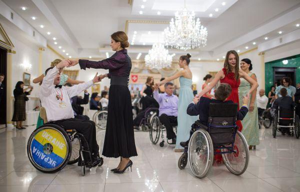 В программе вечера также были разные мастер-классы и танцевальные игры