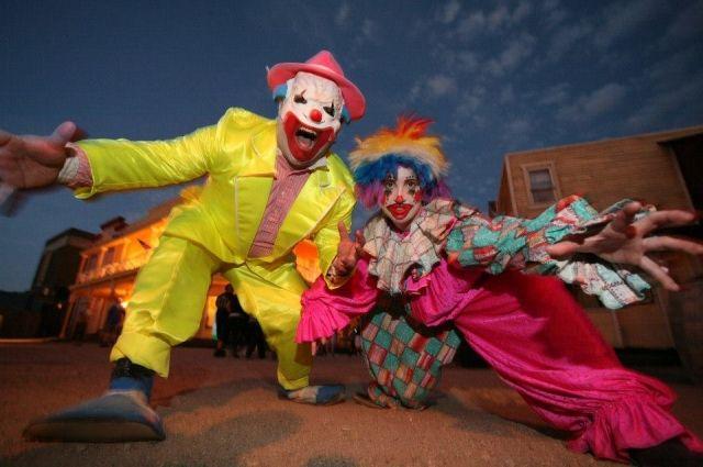 Нападения клоунов-убийц начались ивГермании