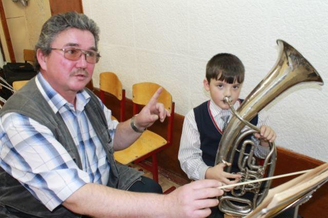 Музыка - источник вдохновения для учебы